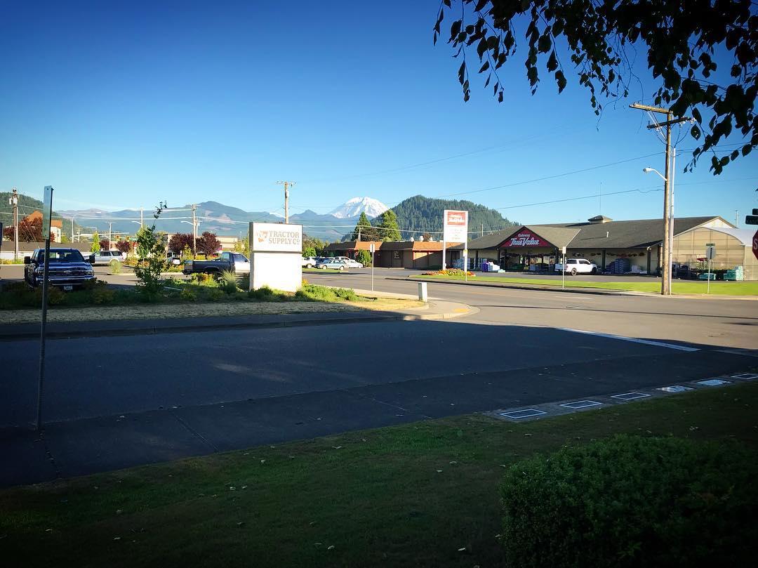 Enumclaw Plateau Farmers' Market - Site - July 12, 2018