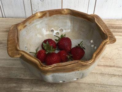 Kismet Pottery Berry Bowl